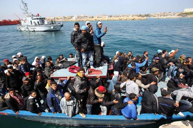V Italiji se povečuje število prihodov migrantov čez Sredozemsko morje