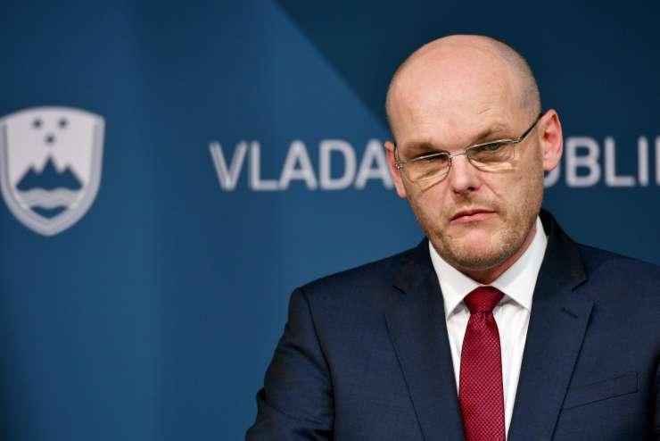 """Vlada meni, da ima Goran Klemenčič dovolj """"visoko moralno integriteto"""" za elitno službo v Bruslju"""