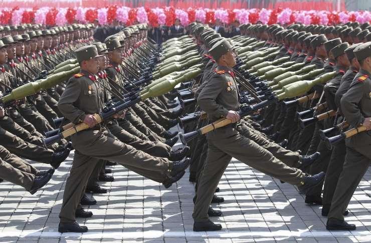 Severna Koreja trdi, da se je njeni vojski pridružilo 3,5 milijona prostovoljcev