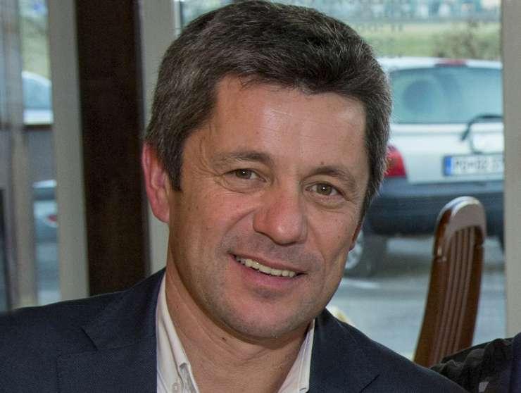 Postojnski župan Marentič z 1,73 promila za volanom; vozniško dovoljenje so mu že vrnili