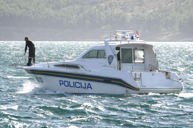 Mahnič: Hrvati bodo na ladje obalne straže namestili specialce