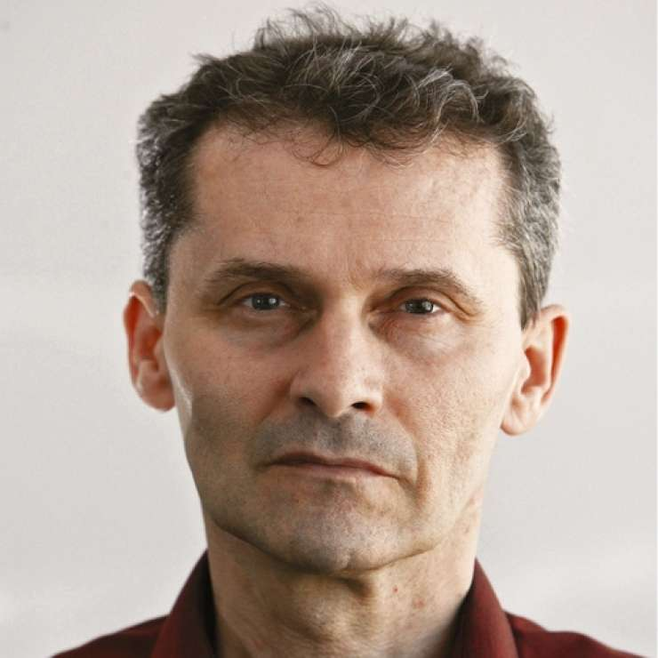 Iskanje izgubljene prihodnosti: zakaj Vizija Slovenije ni izjemen politični tekst