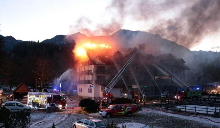 Bohinjski Hotel Jezero po požaru znova odpira vrata
