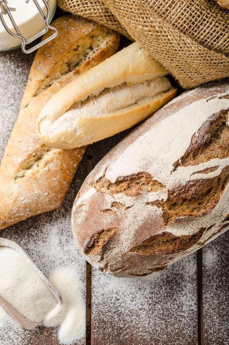 Zaradi dežja prireditev v Kamniku odpadla in mimoidočim so razdelili sto kilogramov kruha