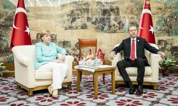 Berlin razkurjen zaradi turškega zmerjanja z nacisti