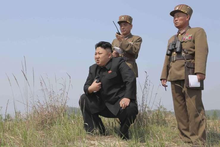 """Severna Koreja napadla """"vojnega hujskača"""" Trumpa"""