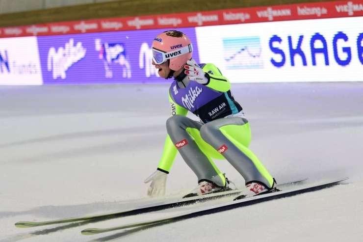 253,5 metra: Stefan Kraft v Vikersundu postavil nov svetovni rekord