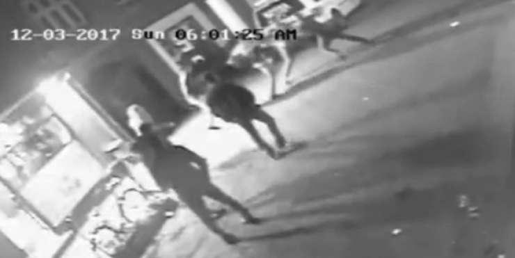 Muslimani pretepli mlad par, ker sta na pici imela šunko