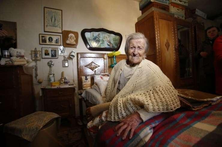 Umrla najstarejša Zemljanka - tri jajca na dan so ji prinesla 117 let