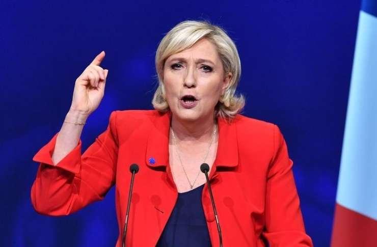 Le Penova proti islamskemu ekstremizmu: zaprla bi mošeje, izgnala radikalne imame