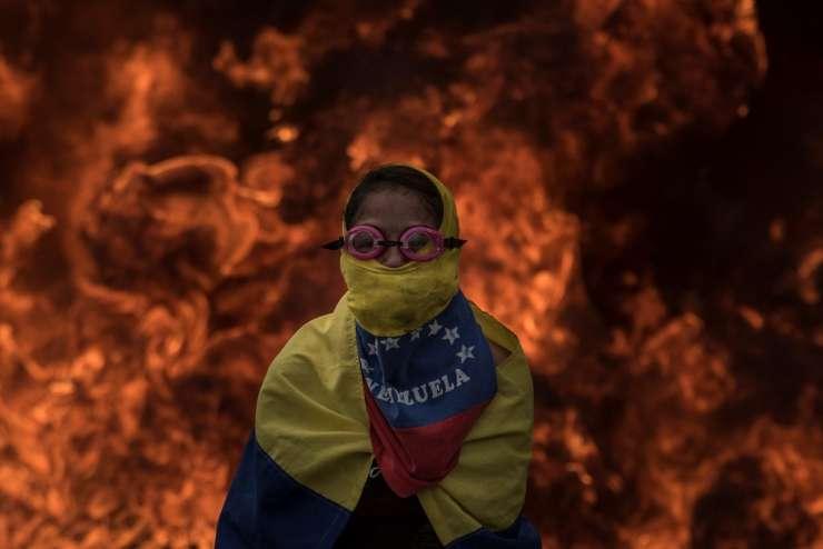 Podmladka NSi in SLS: Slovenija mora pomagati v Venezueli živečim Slovencem