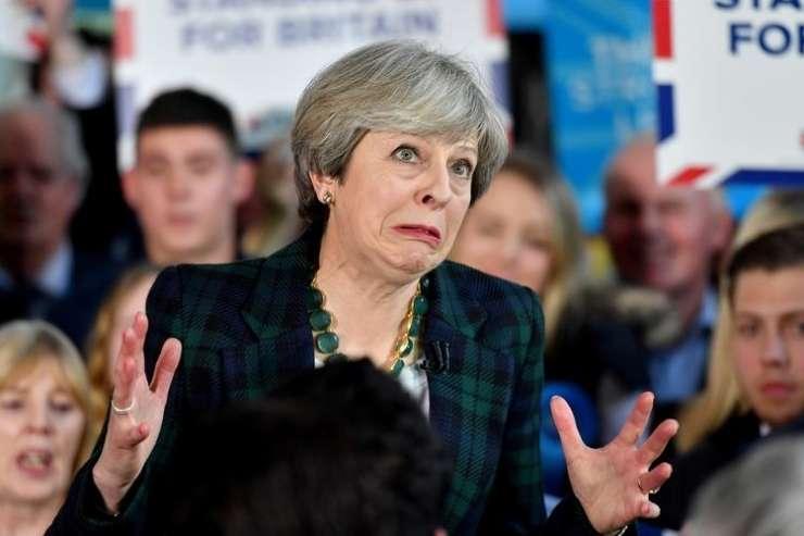 Mayeva noče povedati, ali bi danes glasovala za brexit