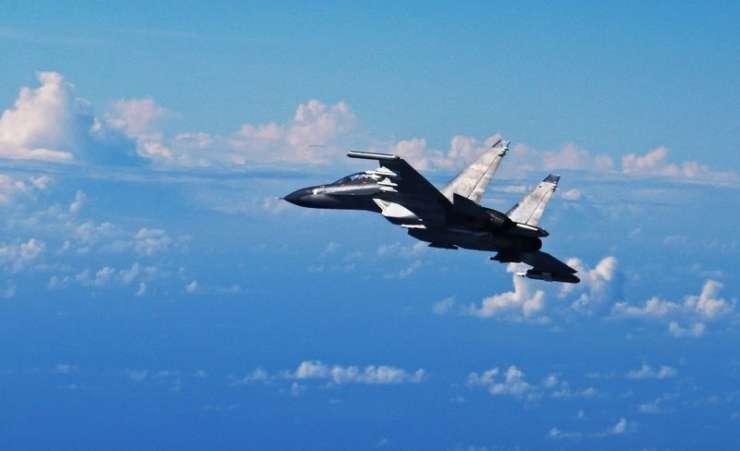 Kitajci nad morjem prestregli ameriško vojaško letalo