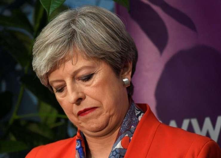 Upor konservativcev proti Mayjevi: bo stranka zrušila svojo premierko?