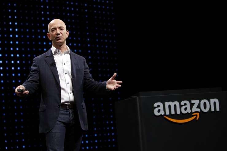 Šef Amazona Jeff Bezos na Twitterju: Komu naj podarim svoje milijone
