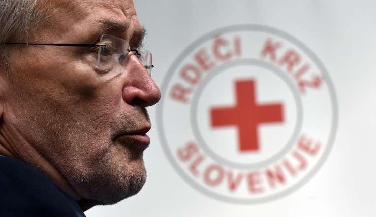 Predsedniku Rdečega križa 20 tisoč evrov honorarja za svetovanje Milojki Kolar Celarc