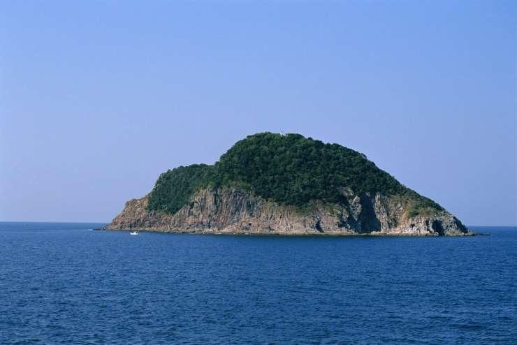 To je otok, na katerega žensk ne spustijo