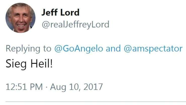 """CNN-ov komentator tvitnil """"Sieg Heil"""" in izgubil službo"""