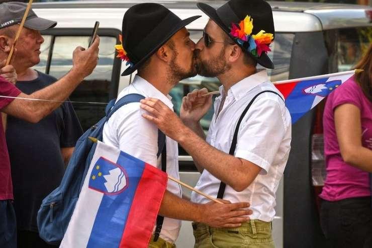 Gejevski lobi: Skrivnostno in vplivno omrežje homoseksualne elite