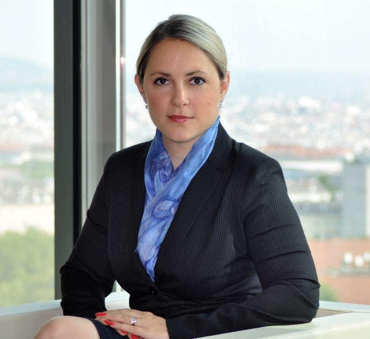 V Sloveniji iščemo ekonomsko svobodo s povečevalnim steklom