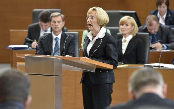 Kolar Celarčeva meni, da je glas zanjo glas za kakovostno, javno in solidarno zdravstvo