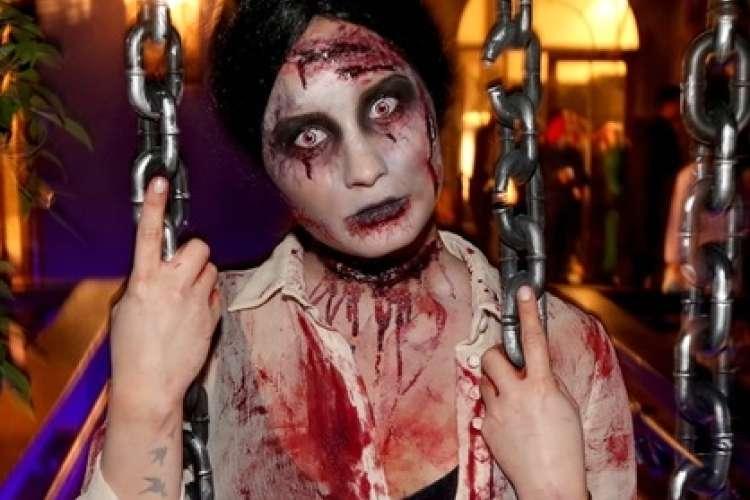 Demi Lovato kot zombie.