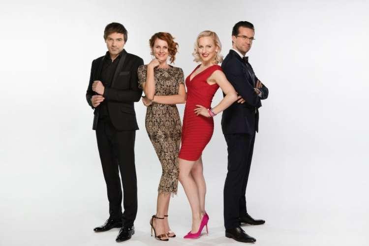 Lado, Katarina, Nika in Andrej so sodniki v oddaji Zvezde plešejo.