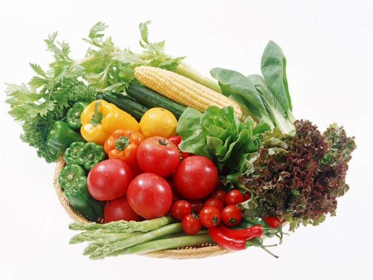 Nekatero zelenjavo lahko vzgojite kar v cvetličnem lončku.