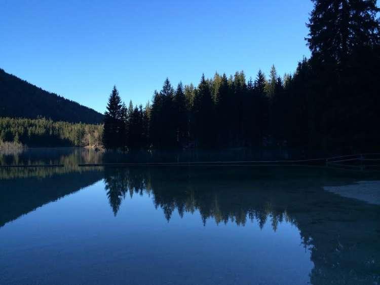 Spodnje jezero.