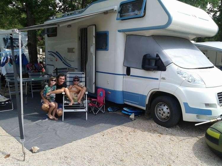Andrej Svetlin uživa na zasluženem dopustu.