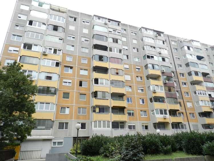 Vlada pošilja nacionalni stanovanjski program v DZ