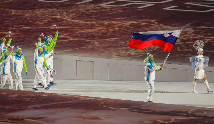 019-21-razingar zastava