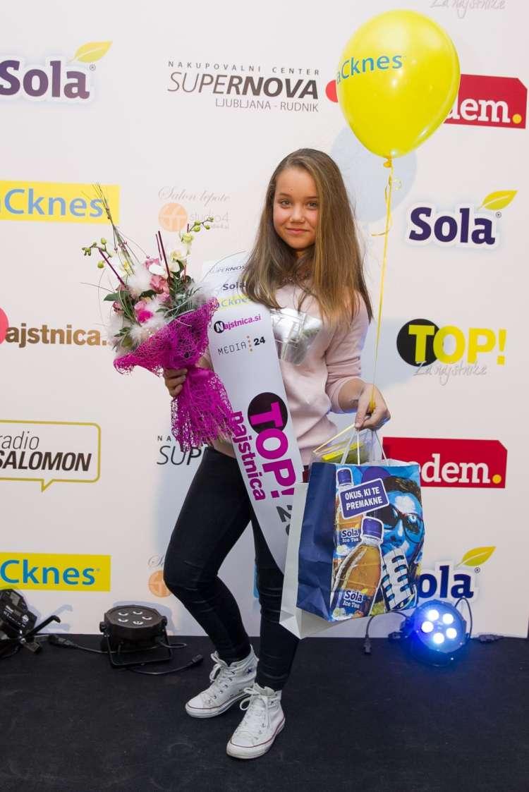 Top najstnica 2015 Laura Sarafinov.jpg