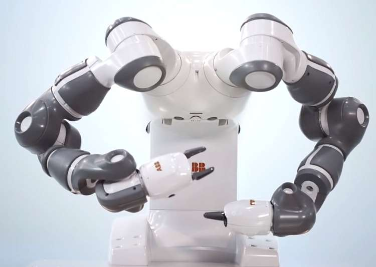 robot yumi1