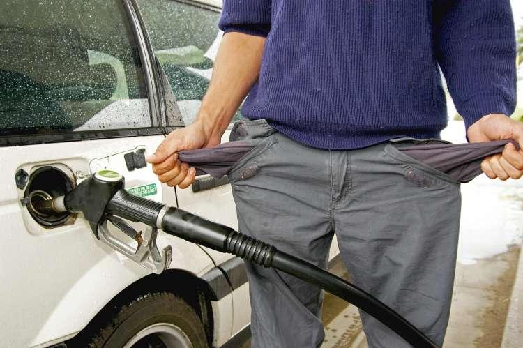 točenje bencina, gorivo
