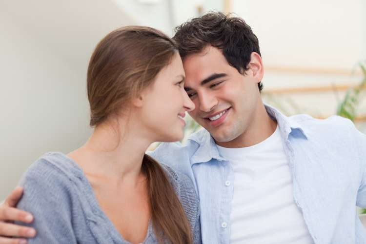 V razmerju zaroka ni pomembna, pomembna je ljubezen.