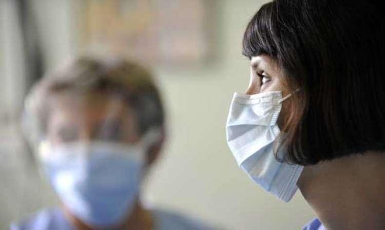 medicinska-sestra-maska-gripa_bobo_11.01.15