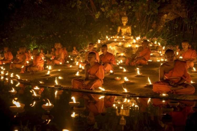 budistični menihi, buda, budizem, molitev