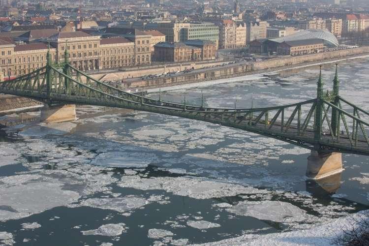 Budimpešta, Donava, mraz, zaledenela reka