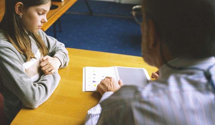 Otroški psiholog, terapija