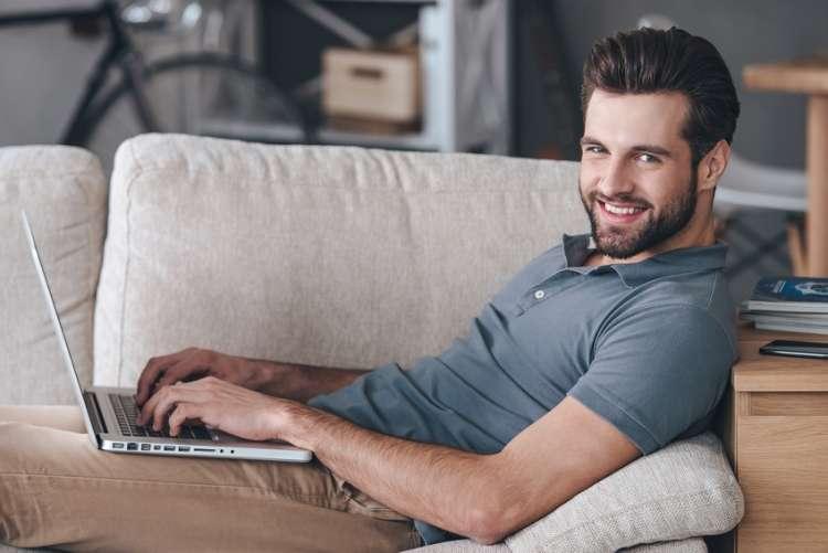 Online v udobju doma