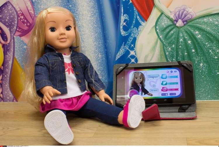 govoreča lutka, igrača, My Friend Cayla