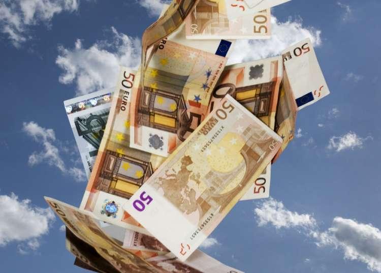 denar_pada z neba