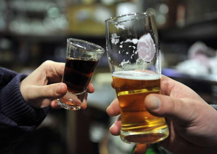 alkohol, pivo, žgana pijača