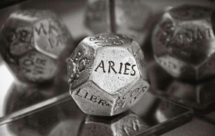 horoskop, kocka