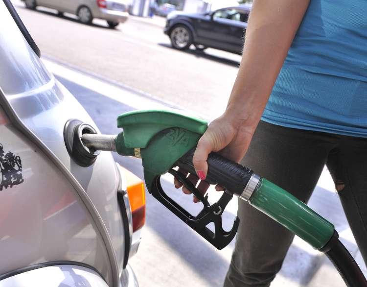 točenje goriva, gorivo, bencin