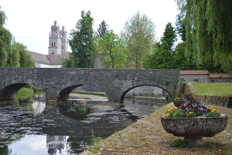 most in cerkev