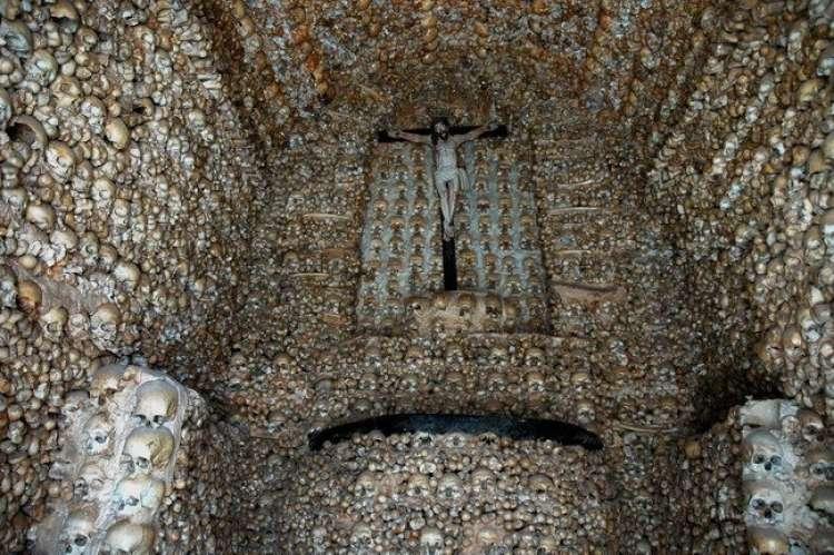chapel-of-bones