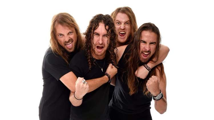 airbourne-2560
