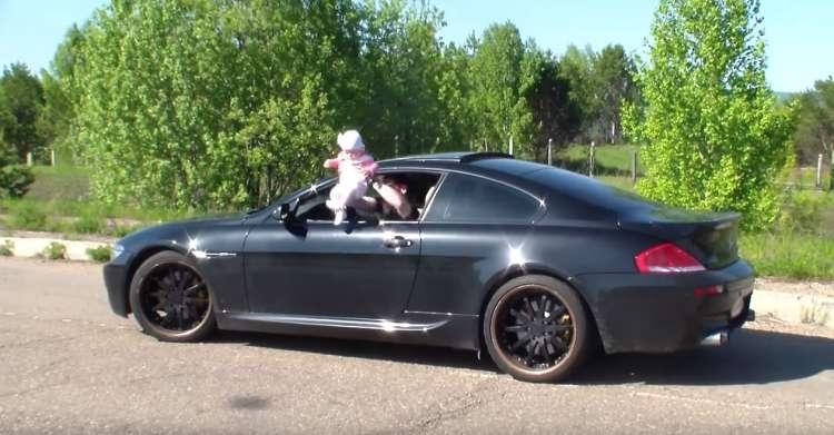 BMW, dojenček, malček